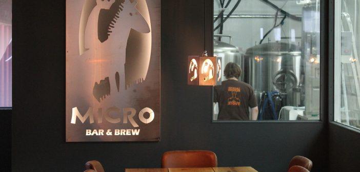 Innlit í Microbar & Brew í Kópavogi